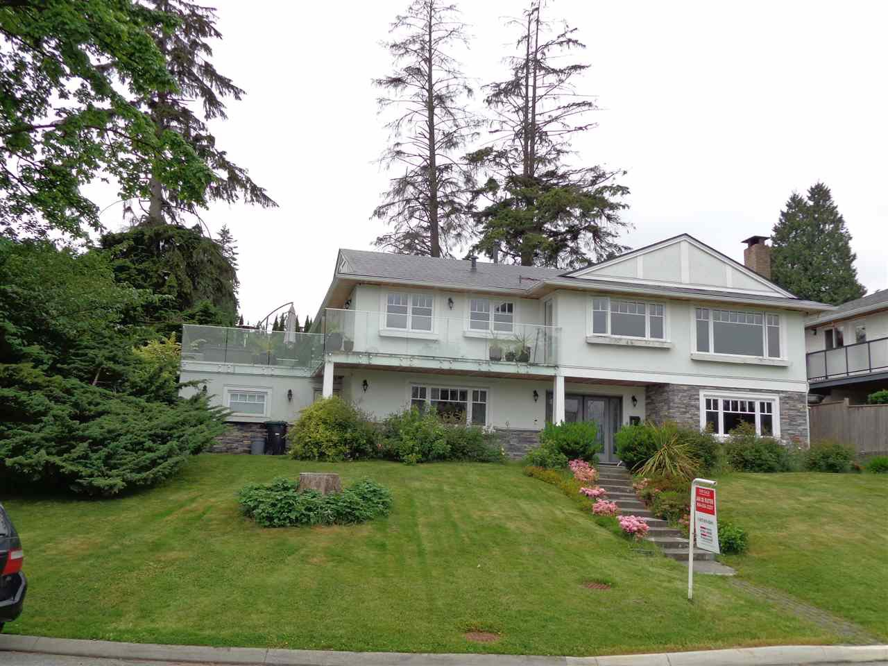 Main Photo: 4210 GLENHAVEN CRESCENT in North Vancouver: Dollarton House for sale : MLS®# R2373969