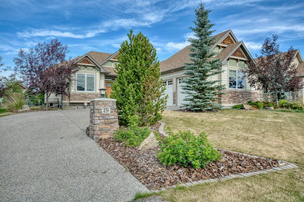 Main Photo: 19 CIMARRON ESTATES Link: Okotoks Detached for sale : MLS®# A1023645