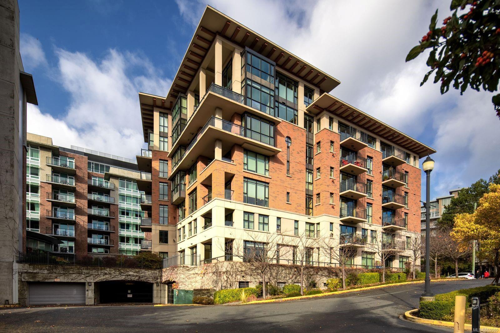 Main Photo: 106 827 Fairfield Rd in : Vi Downtown Condo for sale (Victoria)  : MLS®# 860580