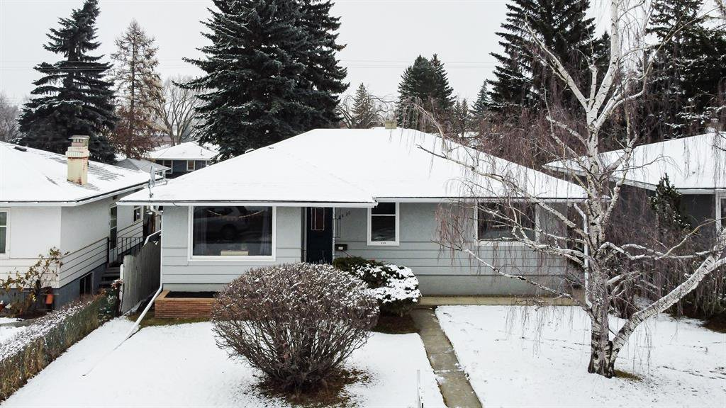 Main Photo: 2820 33 Street SW in Calgary: Killarney/Glengarry Detached for sale : MLS®# A1054698