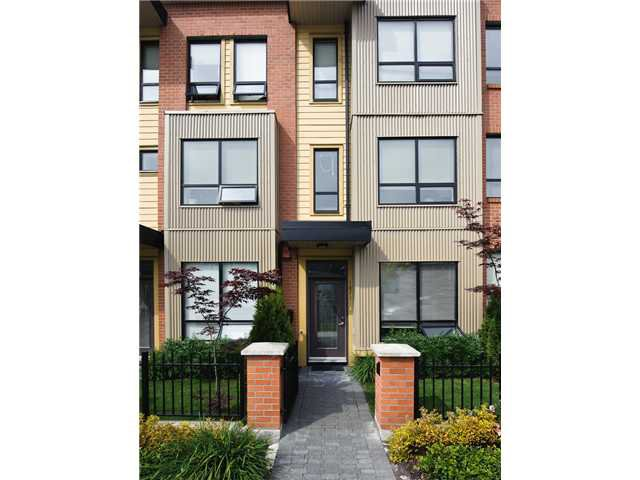 "Main Photo: 1871 STAINSBURY Avenue in Vancouver: Victoria VE Townhouse for sale in ""THE WORKS"" (Vancouver East)  : MLS®# V834837"