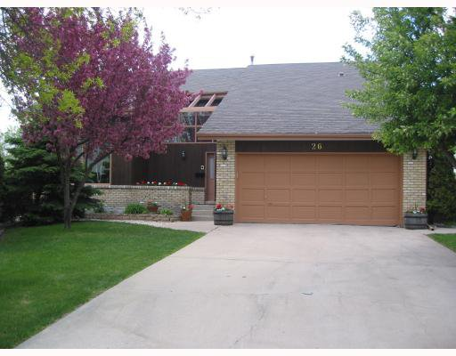 Main Photo:  in WINNIPEG: Charleswood Residential for sale (South Winnipeg)  : MLS®# 2909714