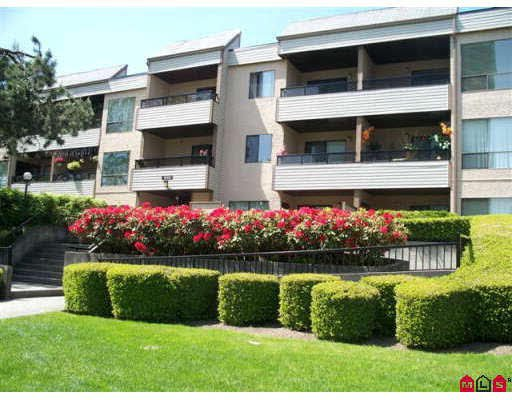 Main Photo: 306 10221 133A STREET in : Whalley Condo for sale : MLS®# F2911407