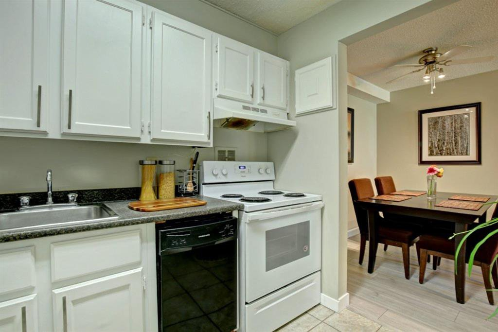 Main Photo: 9107 315 Southampton Drive SW in Calgary: Southwood Apartment for sale : MLS®# A1058177
