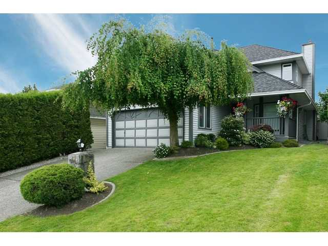 """Main Photo: 636 LOST LAKE Drive in Coquitlam: Coquitlam East House for sale in """"RIVERVIEW HEIGHTS/WESTLAKE"""" : MLS®# V840453"""