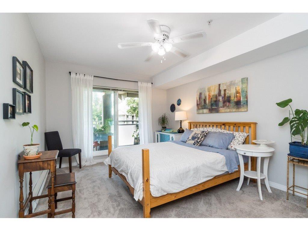 "Photo 14: Photos: 412 15150 29A Avenue in Surrey: King George Corridor Condo for sale in ""Sands II"" (South Surrey White Rock)  : MLS®# R2396902"