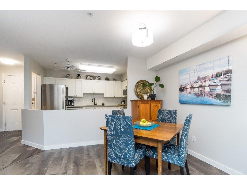 "Photo 11: Photos: 412 15150 29A Avenue in Surrey: King George Corridor Condo for sale in ""Sands II"" (South Surrey White Rock)  : MLS®# R2396902"