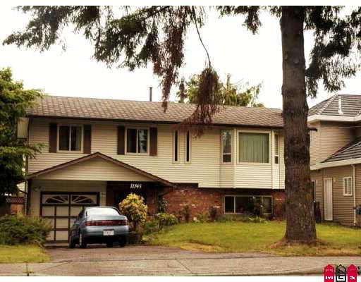 "Main Photo: 11745 80TH Avenue in Delta: Scottsdale House for sale in ""SCOTTSDALE"" (N. Delta)  : MLS®# F2919670"