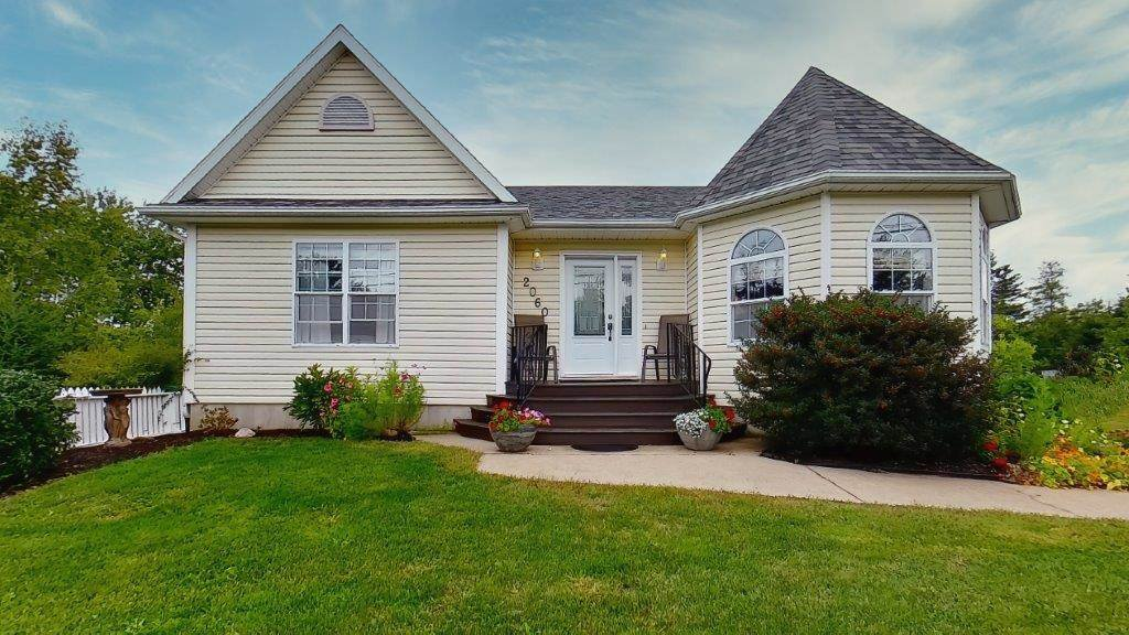 Main Photo: 2060 Langille Drive in Coldbrook: 404-Kings County Residential for sale (Annapolis Valley)  : MLS®# 202018887