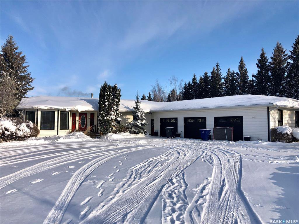 Main Photo: 8 West Park Drive in Battleford: Residential for sale : MLS®# SK833573