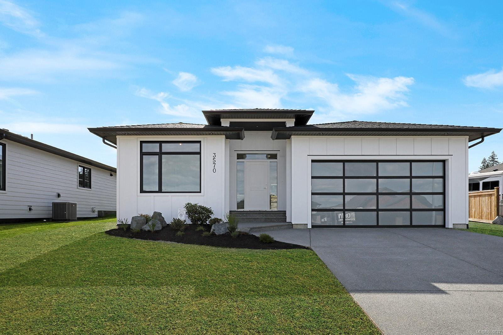 Main Photo: 748 Sitka St in : CR Willow Point House for sale (Campbell River)  : MLS®# 850637