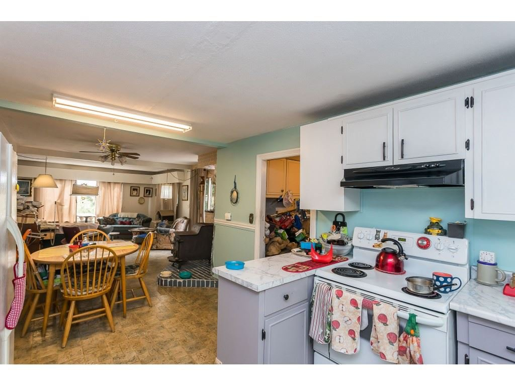 Photo 8: Photos: 33047 6 Avenue in Mission: Mission BC House for sale : MLS®# R2488203