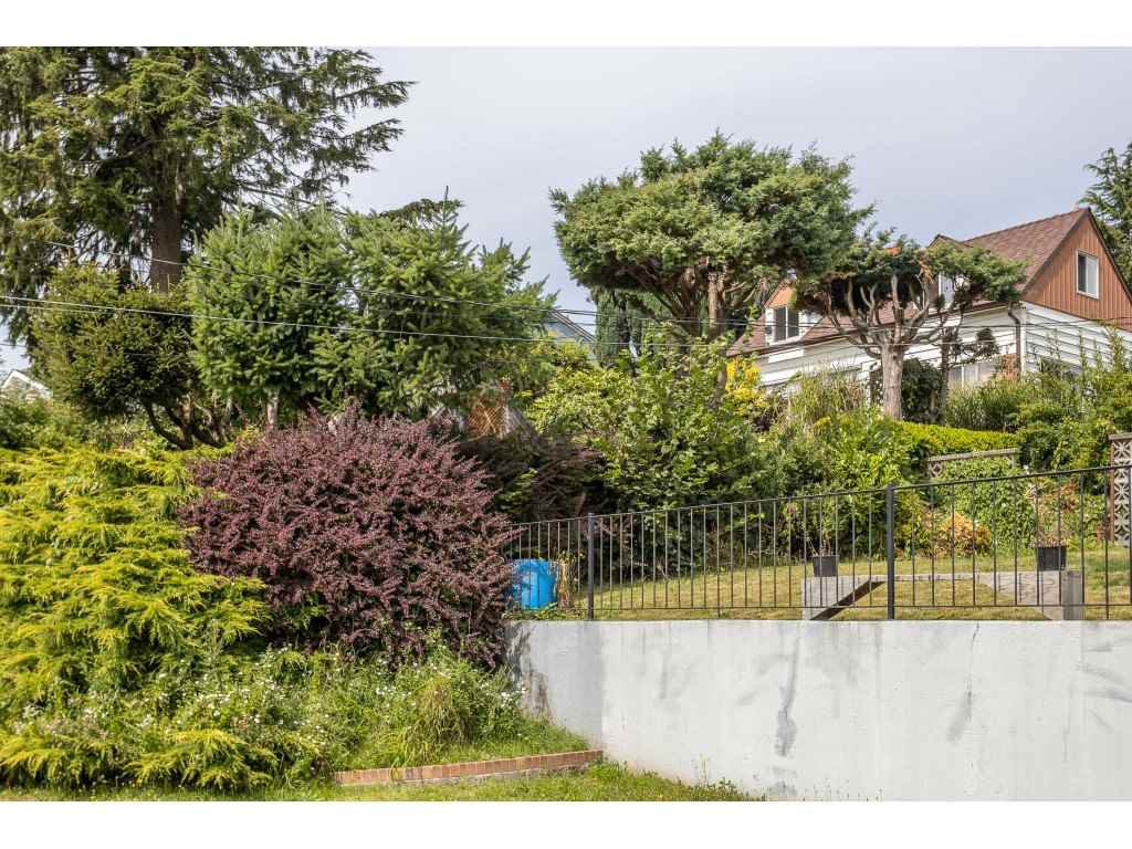 Photo 4: Photos: 33047 6 Avenue in Mission: Mission BC House for sale : MLS®# R2488203