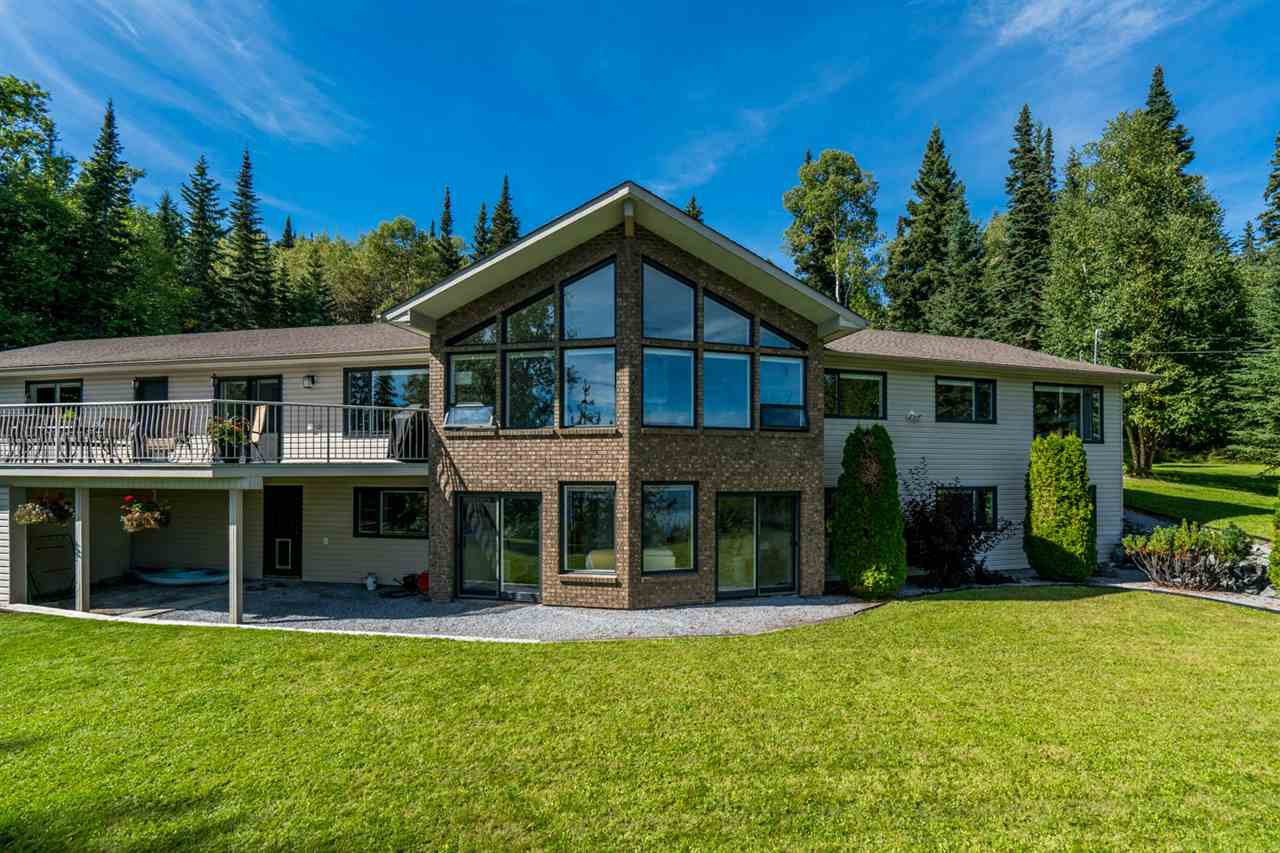 Main Photo: 1610 STEELE Drive in Prince George: Tabor Lake House for sale (PG Rural East (Zone 80))  : MLS®# R2495765