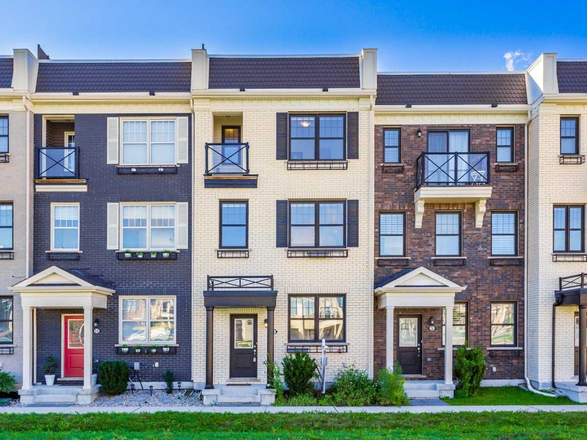 Main Photo: 9 Ludwig Crt in Whitchurch-Stouffville: Stouffville Freehold  : MLS®# N4907656