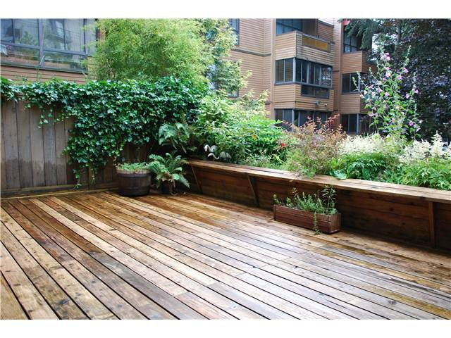 """Photo 2: Photos: 211 1435 NELSON Street in Vancouver: West End VW Condo for sale in """"WESTPORT APARTMENTS"""" (Vancouver West)  : MLS®# V839663"""
