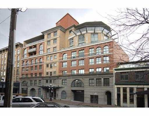 "Main Photo: 207 55 ALEXANDER Street in Vancouver: Downtown VE Condo for sale in ""GASTOWN"" (Vancouver East)  : MLS®# V745072"