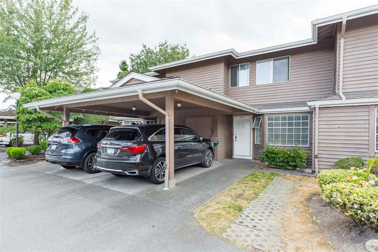 """Main Photo: 7 7740 ABERCROMBIE Drive in Richmond: Brighouse South Townhouse for sale in """"The Meadows"""" : MLS®# R2393812"""