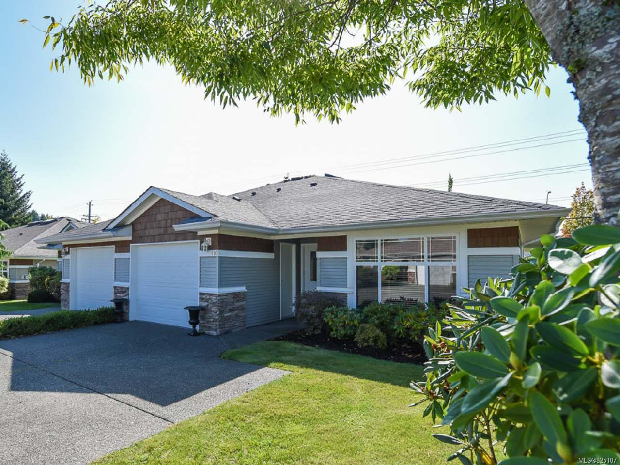 Main Photo: 110 2077 St Andrews Way in COURTENAY: CV Courtenay East Row/Townhouse for sale (Comox Valley)  : MLS®# 825107