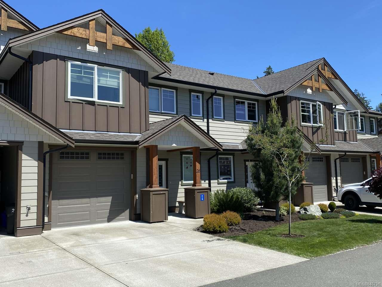 Main Photo: 26 2030 Wallace Ave in COMOX: CV Comox (Town of) Row/Townhouse for sale (Comox Valley)  : MLS®# 840731