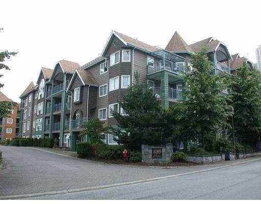 "Main Photo: 405 3085 PRIMROSE LN in Coquitlam: North Coquitlam Condo for sale in ""LAKESIDE TERRACE"" : MLS®# V560186"
