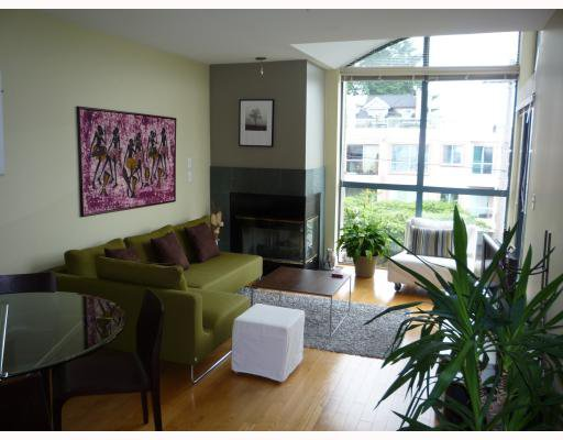 Photo 3: Photos: PH3 1195 W 8TH Avenue in Vancouver: Fairview VW Condo for sale (Vancouver West)  : MLS®# V750719