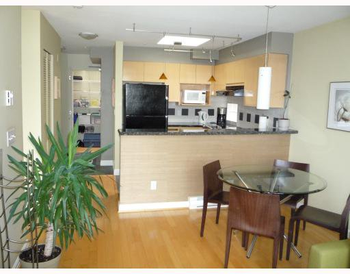 Photo 7: Photos: PH3 1195 W 8TH Avenue in Vancouver: Fairview VW Condo for sale (Vancouver West)  : MLS®# V750719