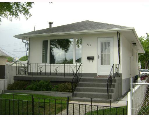 Main Photo:  in WINNIPEG: East Kildonan Residential for sale (North East Winnipeg)  : MLS®# 2915062
