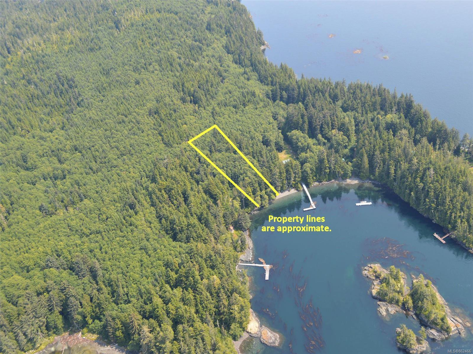 Main Photo: Lot 7 Pearse Island in : Isl Small Islands (North Island Area) Land for sale (Islands)  : MLS®# 862466
