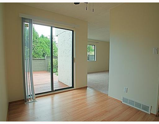 "Photo 3: Photos: 13 2880 DACRE Avenue in Coquitlam: Ranch Park Townhouse for sale in ""PARKWOOD."" : MLS®# V721029"