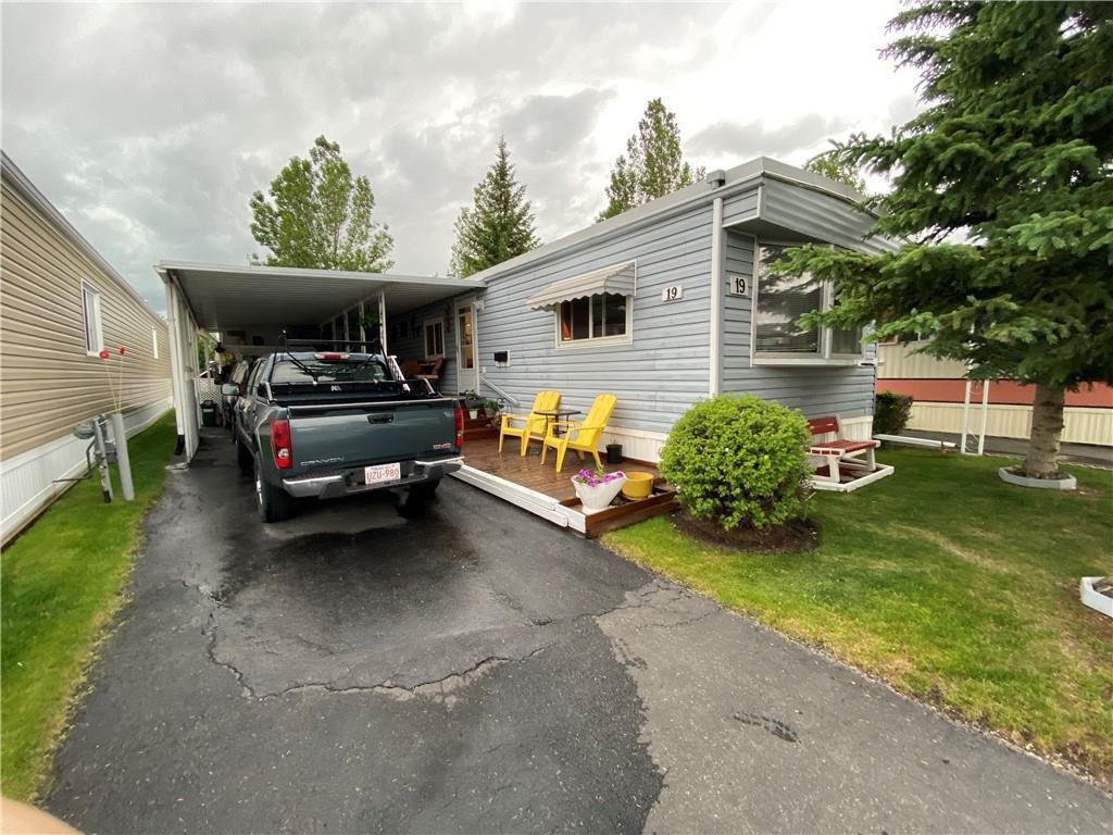 Main Photo: 19 99 Arbour Lake Road NW in Calgary: Arbour Lake Mobile for sale : MLS®# C4305283