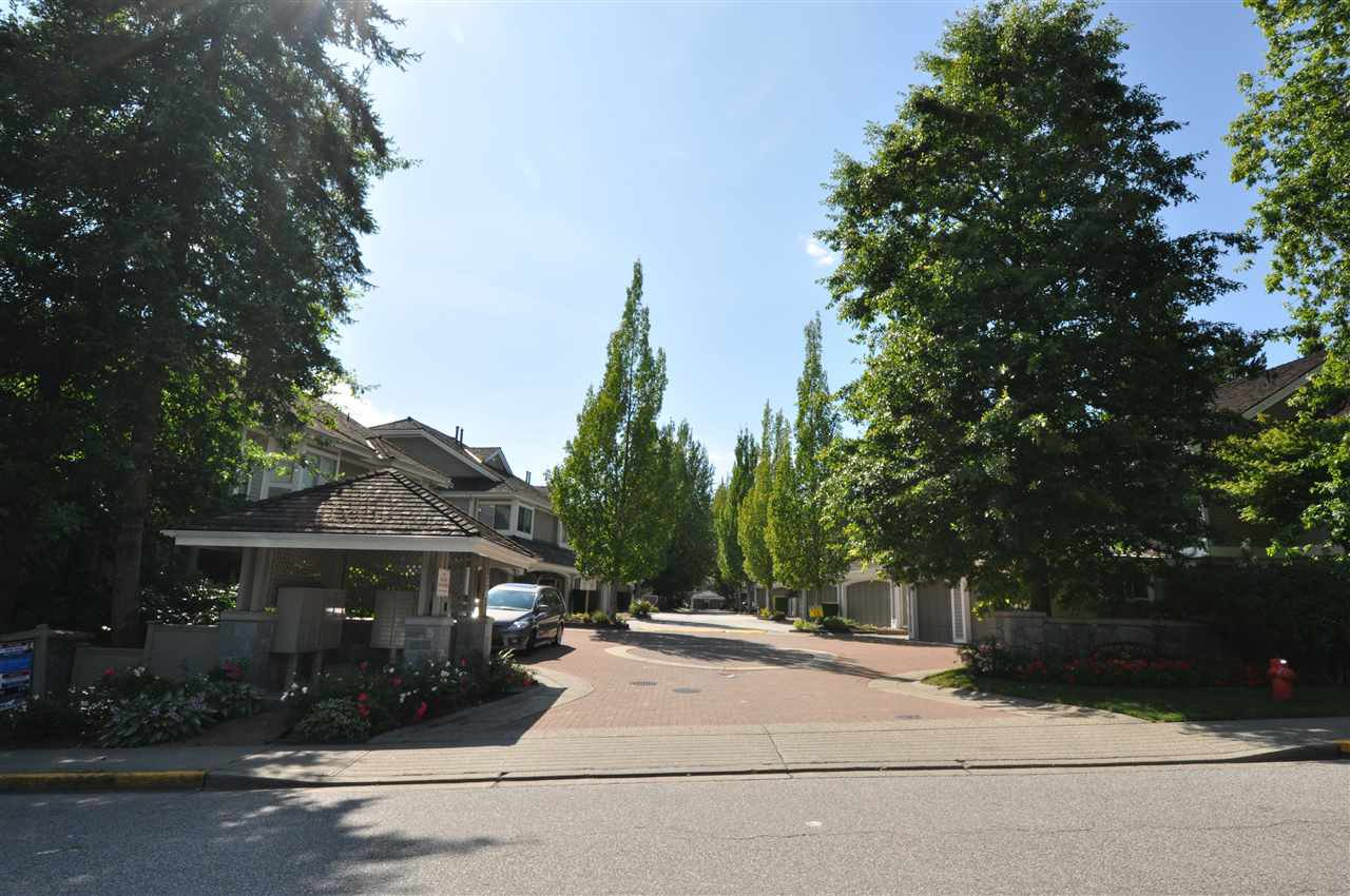 "Main Photo: 29 650 ROCHE POINT Drive in North Vancouver: Roche Point Townhouse for sale in ""RAVEN WOODS"" : MLS®# R2410744"