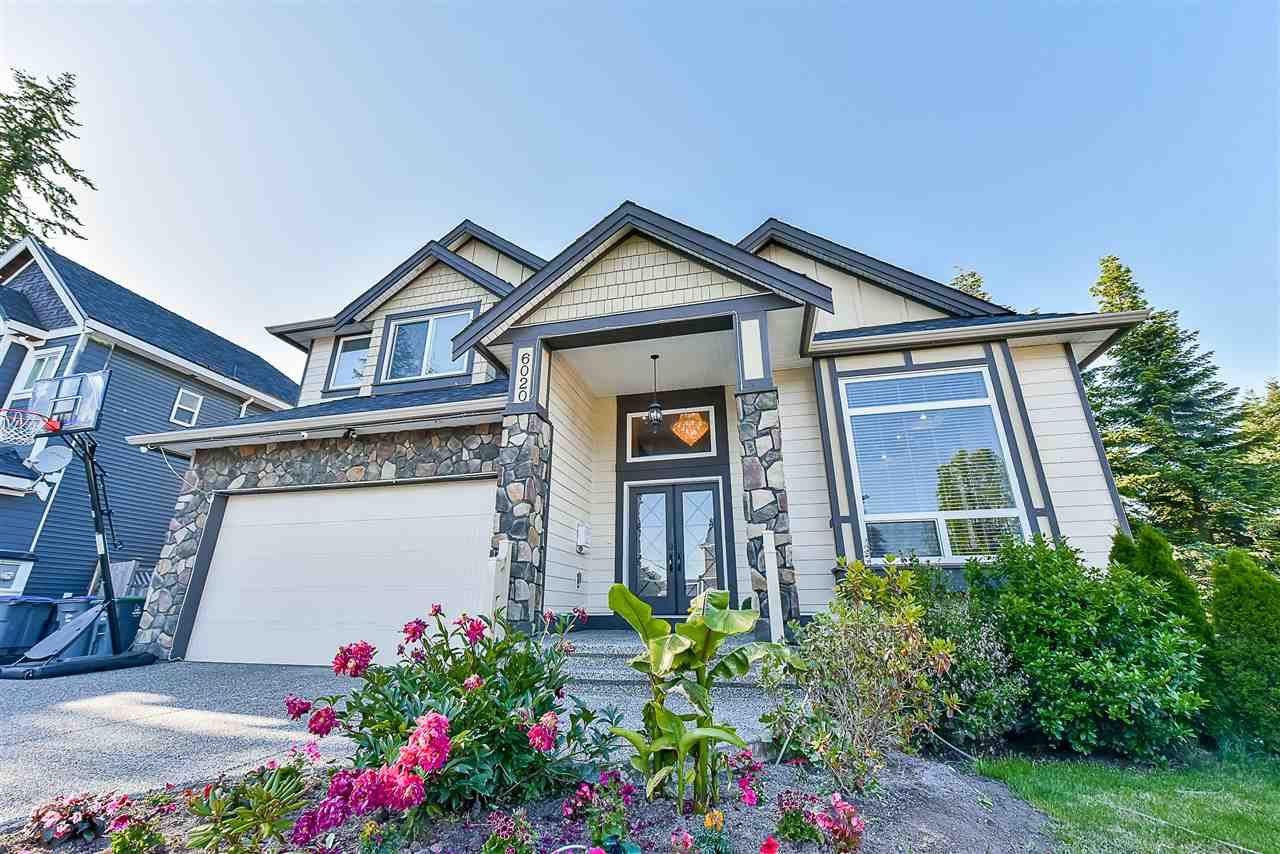 Main Photo: 6020 131A Street in Surrey: Panorama Ridge House for sale : MLS®# R2422112