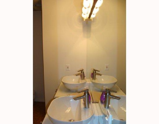 Photo 15: Photos: 101 140 26 Avenue NW in CALGARY: Tuxedo Condo for sale (Calgary)  : MLS®# C3391022