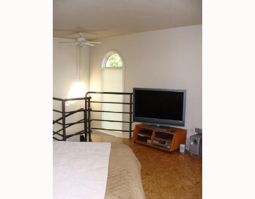 Photo 12: Photos: 101 140 26 Avenue NW in CALGARY: Tuxedo Condo for sale (Calgary)  : MLS®# C3391022