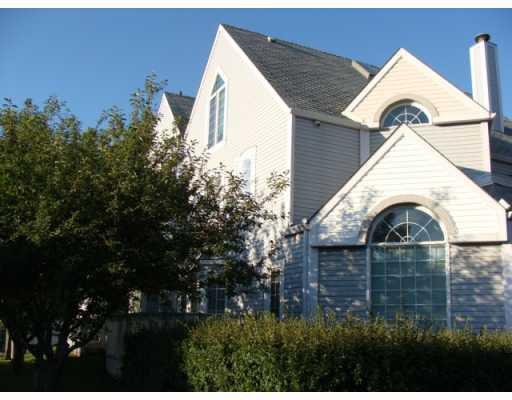 Photo 3: Photos: 101 140 26 Avenue NW in CALGARY: Tuxedo Condo for sale (Calgary)  : MLS®# C3391022