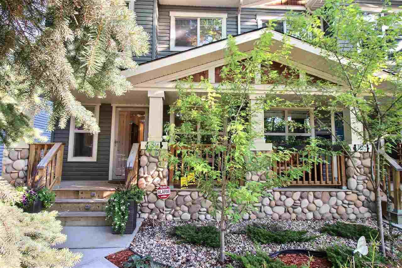 Main Photo: 9504 86 Avenue in Edmonton: Zone 18 House Half Duplex for sale : MLS®# E4172512