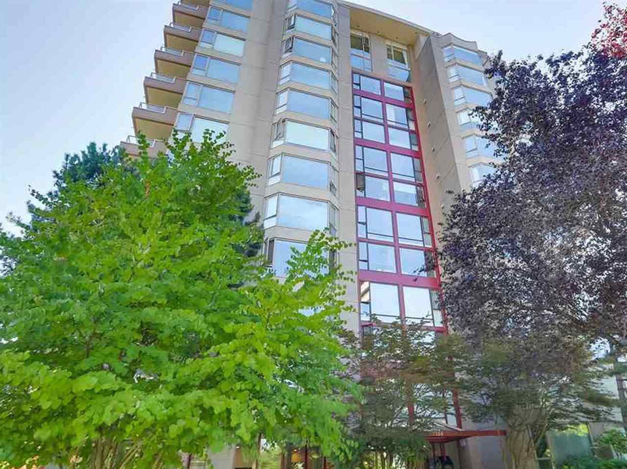 """Main Photo: PH2 2108 W 38TH Avenue in Vancouver: Kerrisdale Condo for sale in """"The Wilshire"""" (Vancouver West)  : MLS®# R2403641"""
