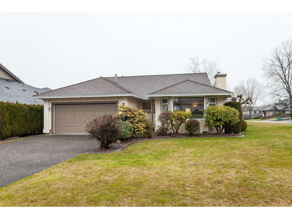 Main Photo: 8316 167 ST Street in Surrey: Fleetwood Tynehead House for sale : MLS®# R2426550