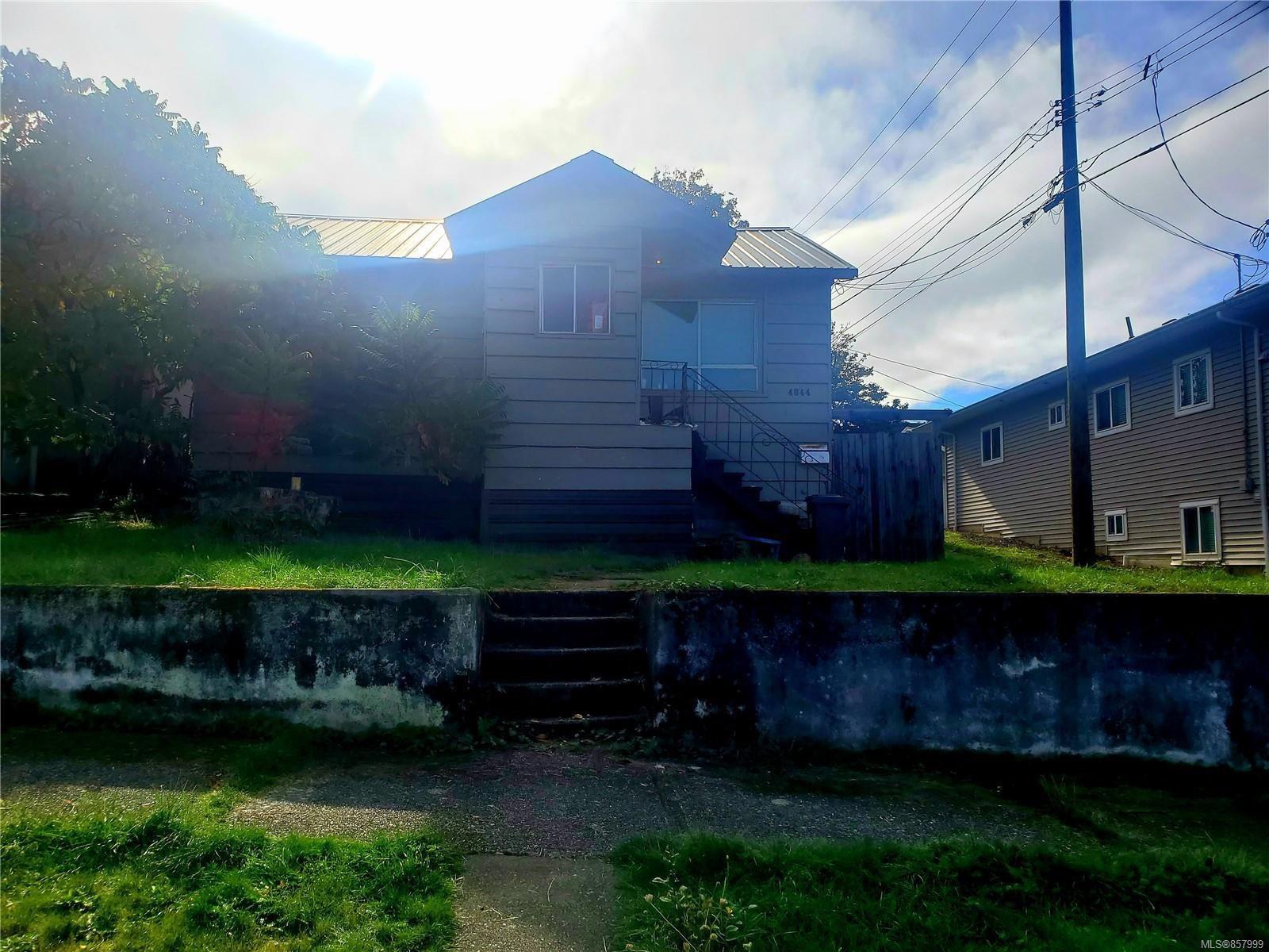 Main Photo: 4844 Strathern St in : PA Port Alberni House for sale (Port Alberni)  : MLS®# 857999