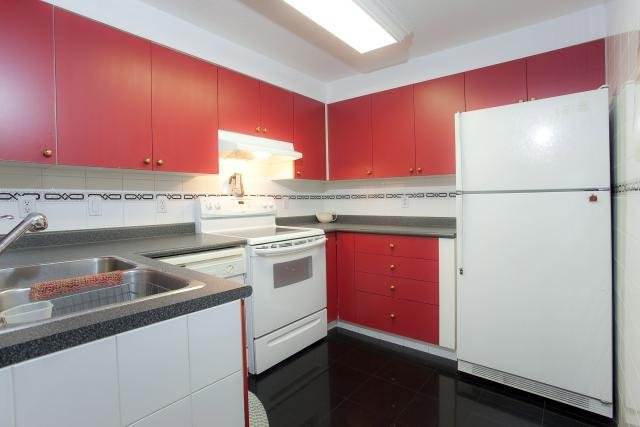 """Photo 6: Photos: 305 2211 WALL Street in Vancouver: Hastings Condo for sale in """"PACIFIC LANDING"""" (Vancouver East)  : MLS®# V800029"""