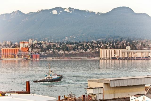 """Photo 15: Photos: 305 2211 WALL Street in Vancouver: Hastings Condo for sale in """"PACIFIC LANDING"""" (Vancouver East)  : MLS®# V800029"""