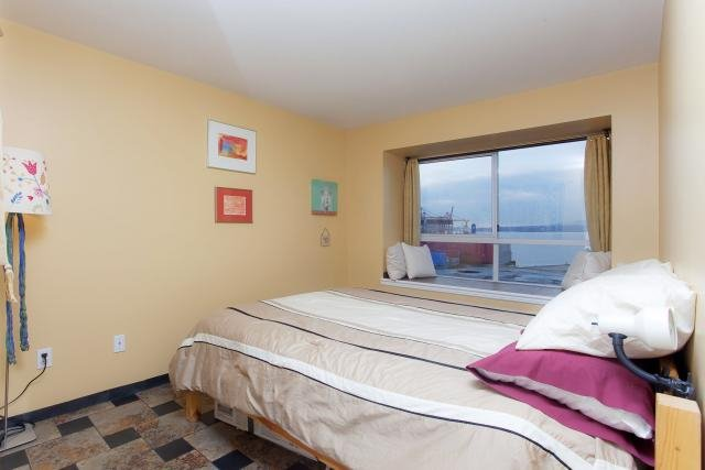 """Photo 8: Photos: 305 2211 WALL Street in Vancouver: Hastings Condo for sale in """"PACIFIC LANDING"""" (Vancouver East)  : MLS®# V800029"""