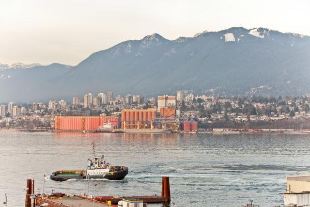 """Photo 17: Photos: 305 2211 WALL Street in Vancouver: Hastings Condo for sale in """"PACIFIC LANDING"""" (Vancouver East)  : MLS®# V800029"""