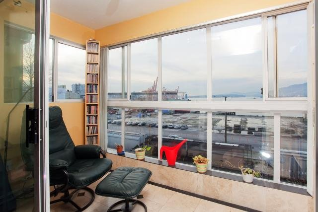 """Photo 2: Photos: 305 2211 WALL Street in Vancouver: Hastings Condo for sale in """"PACIFIC LANDING"""" (Vancouver East)  : MLS®# V800029"""