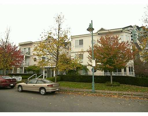 """Main Photo: 2713 E KENT Ave in Vancouver: Fraserview VE Townhouse for sale in """"RIVERSIDE GARDEN"""" (Vancouver East)  : MLS®# V618406"""