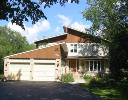 Main Photo:  in WINNIPEG: Fort Garry / Whyte Ridge / St Norbert Residential for sale (South Winnipeg)  : MLS®# 2907422