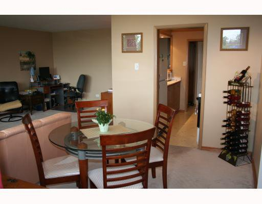 Photo 5: Photos:  in WINNIPEG: Fort Rouge / Crescentwood / Riverview Condominium for sale (South Winnipeg)  : MLS®# 2915624