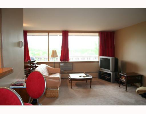 Photo 3: Photos:  in WINNIPEG: Fort Rouge / Crescentwood / Riverview Condominium for sale (South Winnipeg)  : MLS®# 2915624