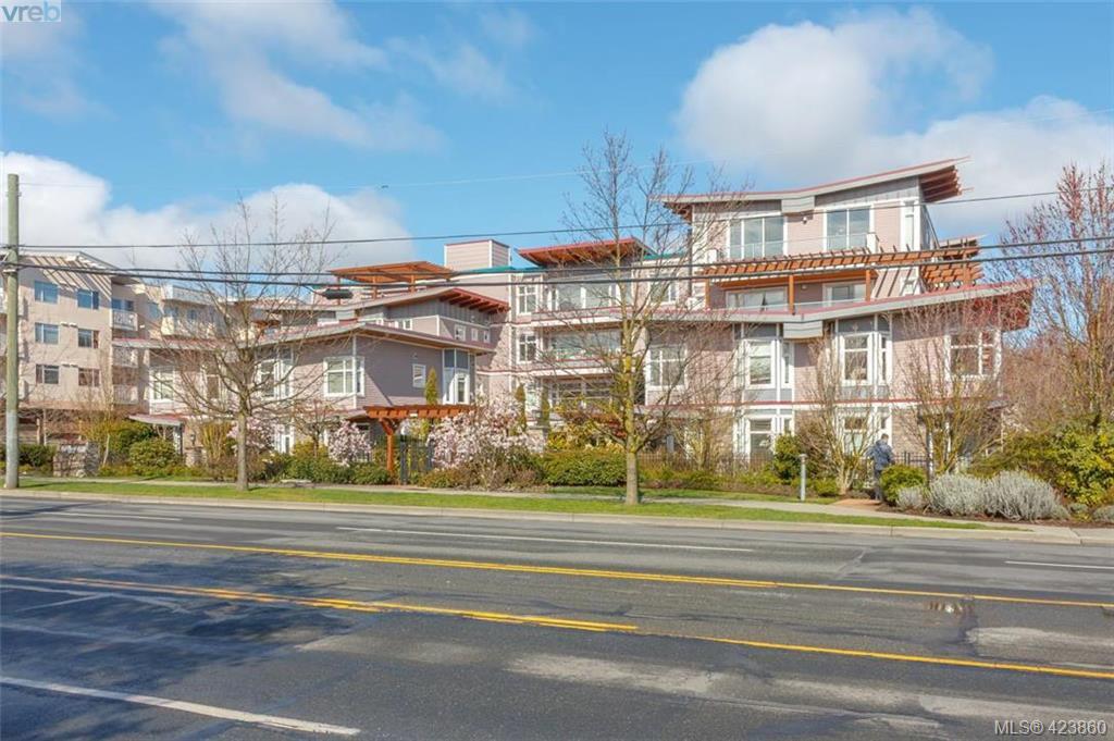 Main Photo: 307 1510 Hillside Avenue in VICTORIA: Vi Hillside Condo Apartment for sale (Victoria)  : MLS®# 423860